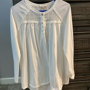 Woman's easel brand white shirt size small NEW